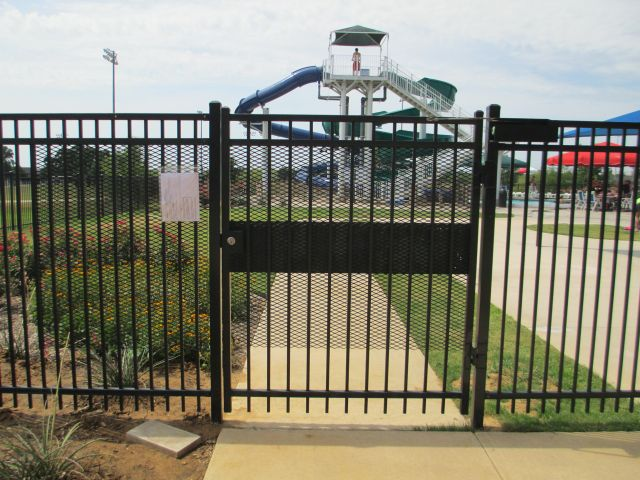 Commercial fence pictures