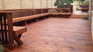 Outdoor features - wood deck