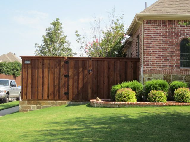 Cap Rail Board On Board Fence Flagstone Retaining Wall