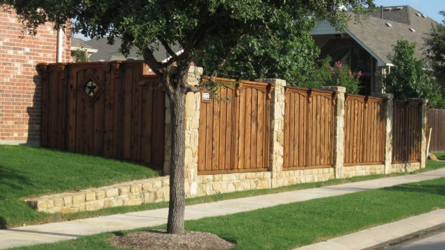 Stone Columns Retaining Wall Cap Rail Board On Board Fence
