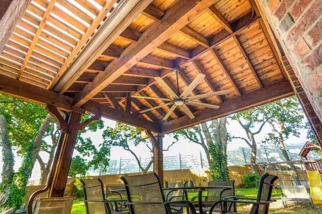 Outdoor Contractor - Patio Cover with Ceiling Fan
