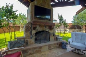 Outdoor Living - Fireplace