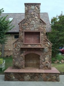 Outdoor Fire Features - Free standing outdoor rock fireplace