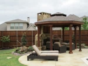 Outdoor Fire Features - Outdoor fireplace in outdoor living space