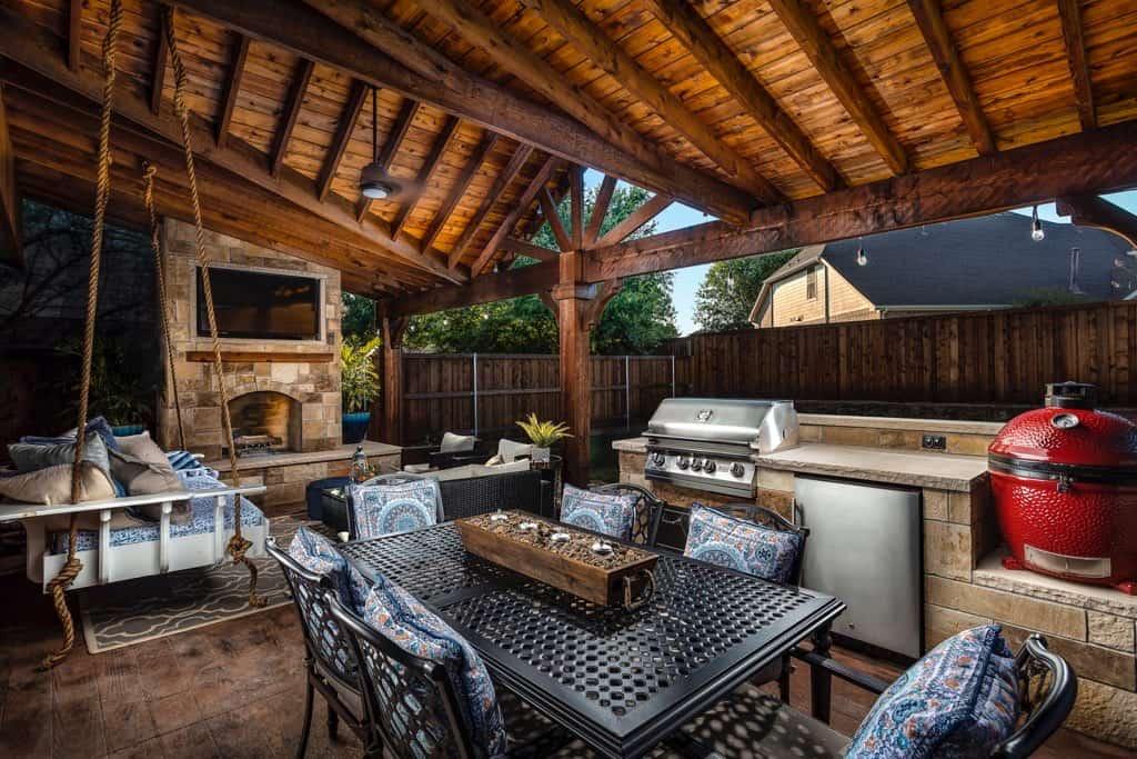 custom outdoor living area